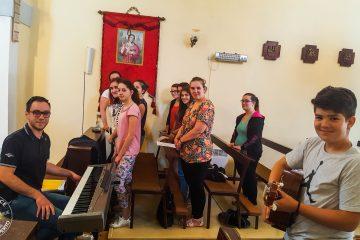 Zajednička proba sa zborom mladih iz župe Petrovija